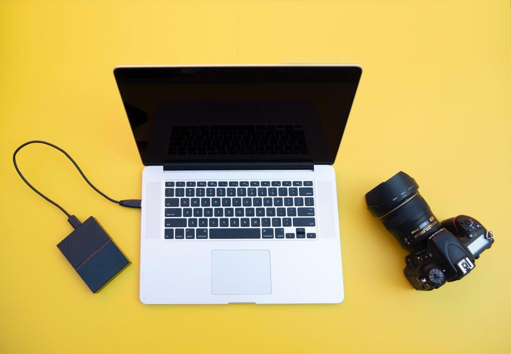 Blogging vs Youtube vs Podcast